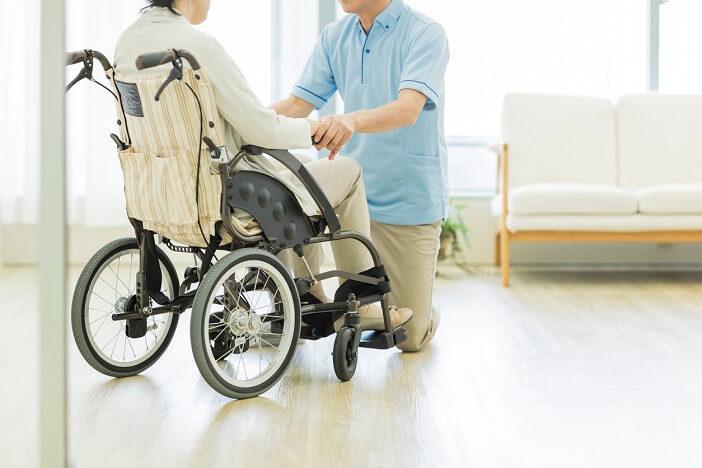 もしも介護が必要になったら? 介護施設の種類と入居条件 〜40・50代の38.4%は施設での介護を希望。しかし60・70代は…〜